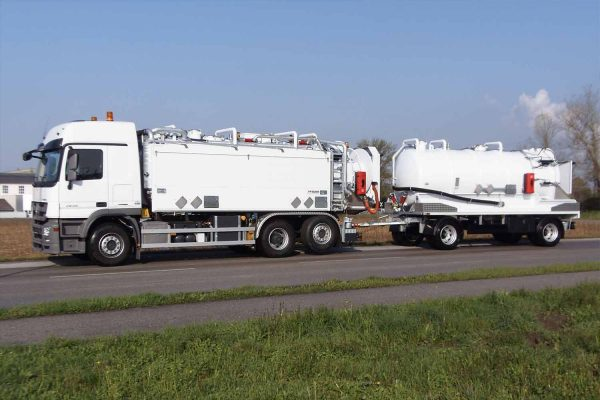 ADR suction tank vehicles